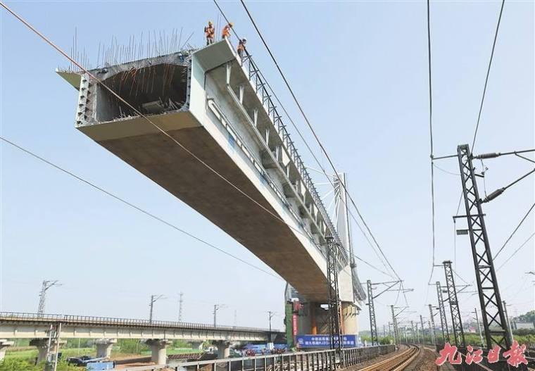 (82+154+88)m矮塔斜拉桥转体施工方案(146页)