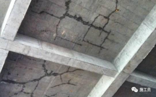 [理论学习]混凝土五大缝,看看怎么预防吧