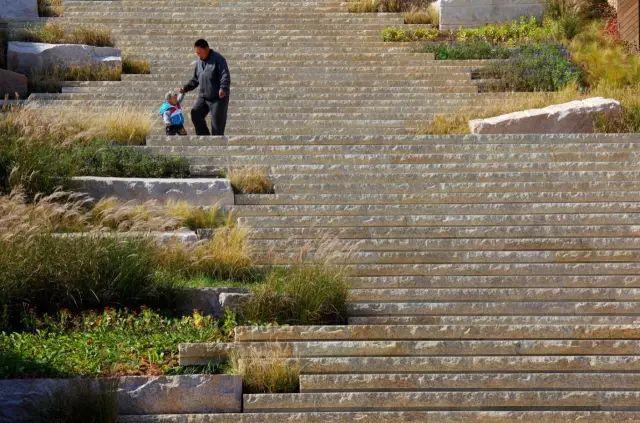 台阶要这样设计才出彩_22