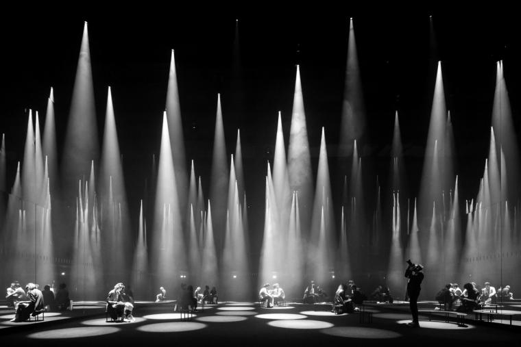 [广州]西铁照明光亚展展厅设计概念及效果图