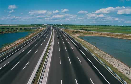 高速公路施工安全培训课件(PPT,56页)