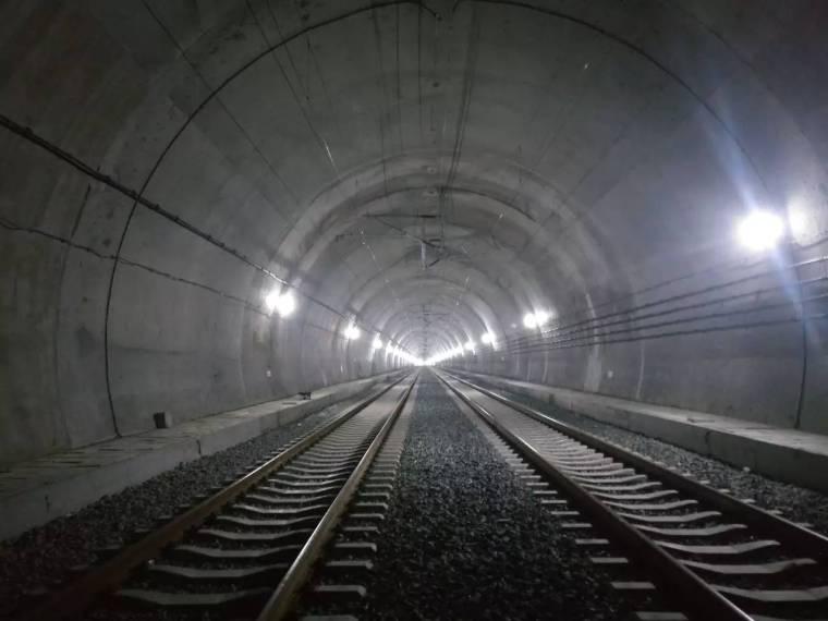 隧道照明工程安全专项方案(word,17页)