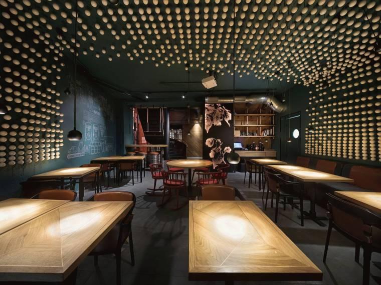 啤酒厂改造设计——工业风酒吧高清实景图