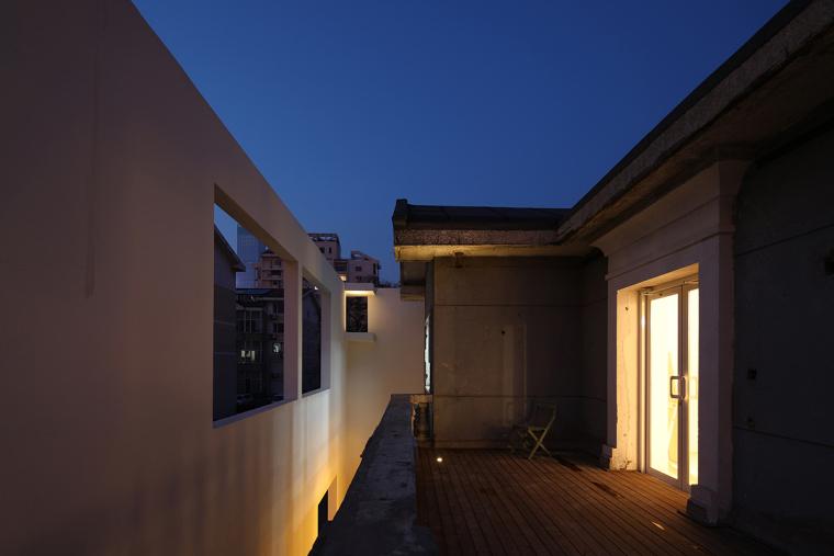 沈阳河畔花园的商业建筑-9