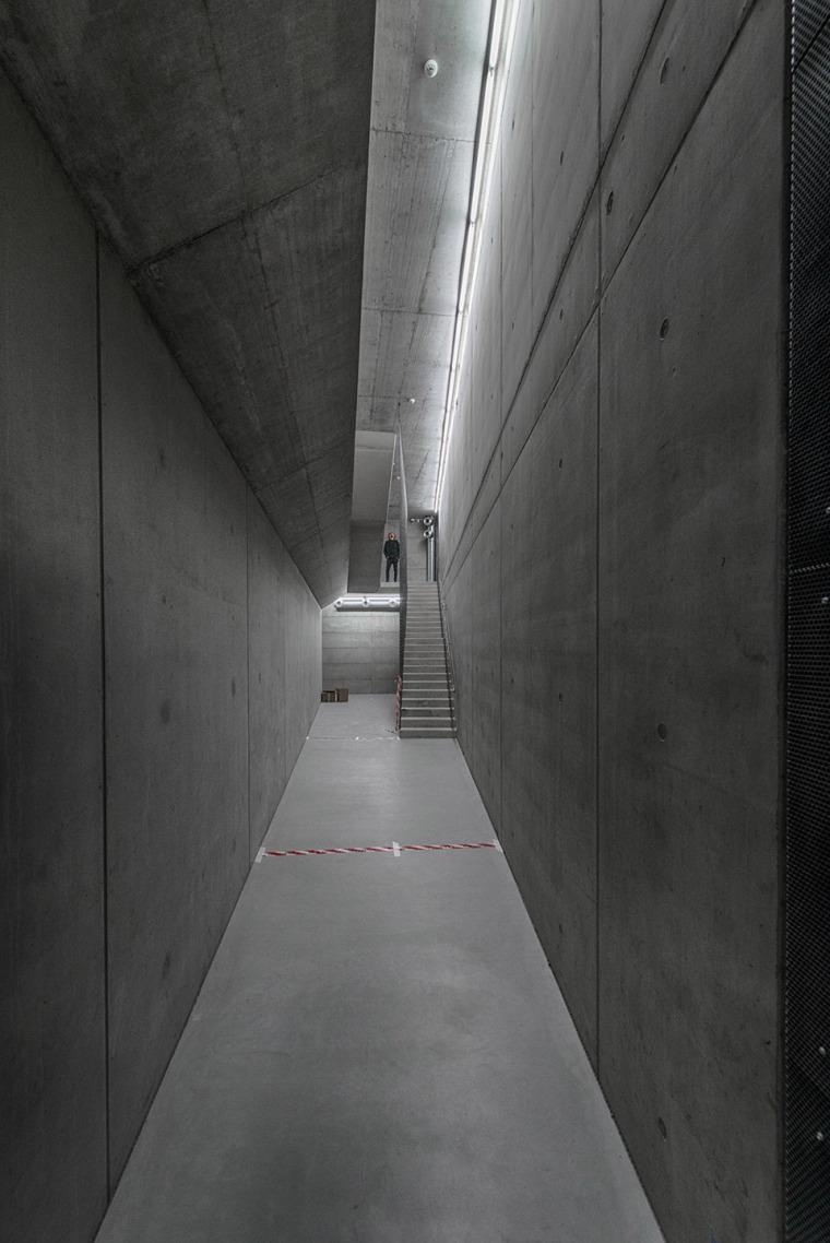 019-centre-for-contemporary-art-dox-by-petr-hajek-architekti