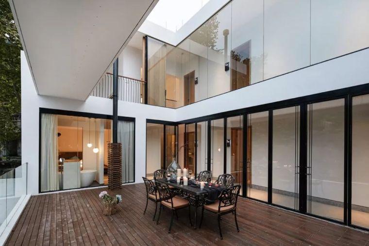 水泥厂改造成民宿,自然简约的设计就是这么美_21