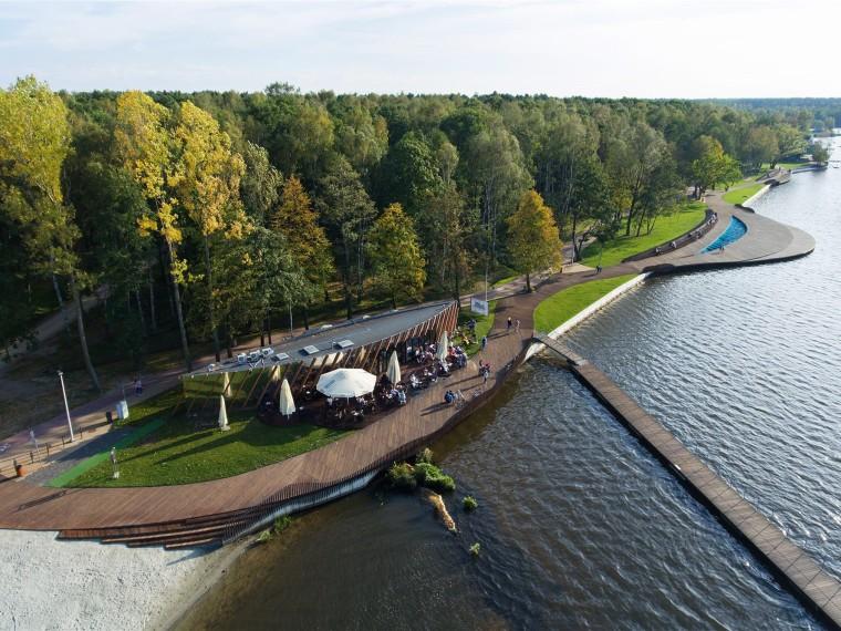 波兰Paprocany湖东岸景观