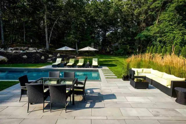 赶紧收藏!21个最美现代风格庭院设计案例_114