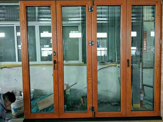 贝科利尔981500铝包木门窗折叠开启