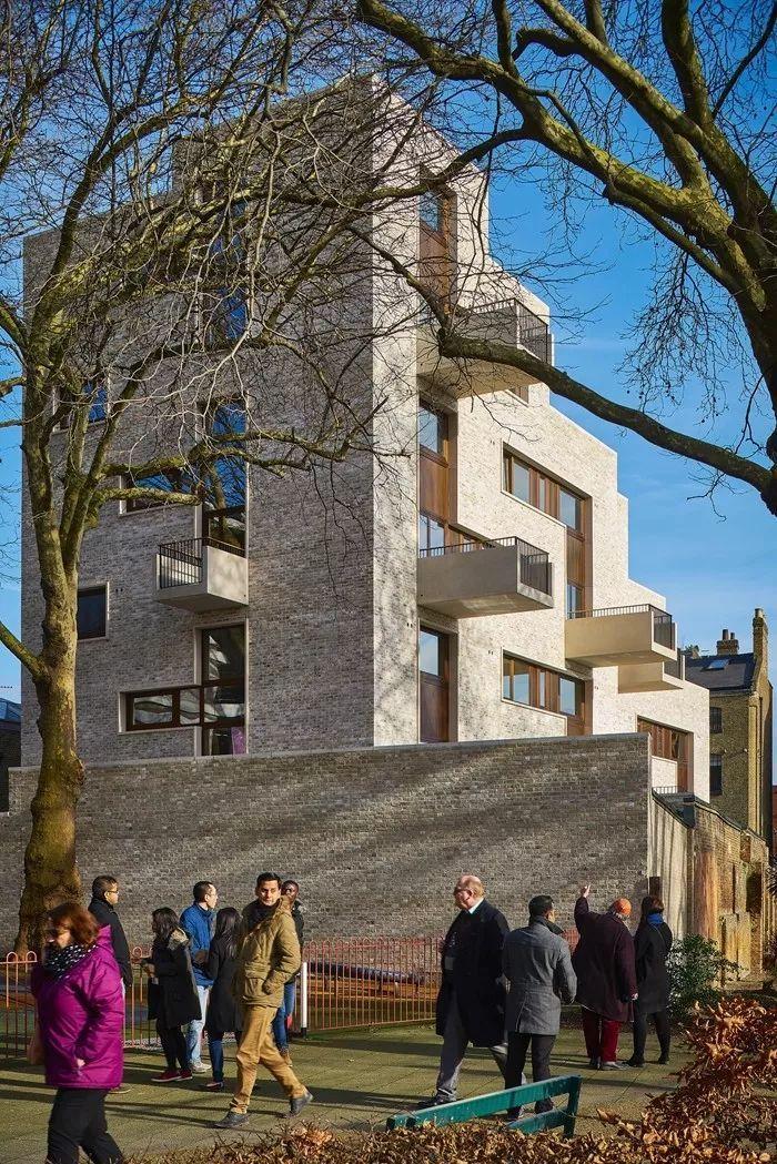建筑师独立开发的公寓楼,真是好房子!_50