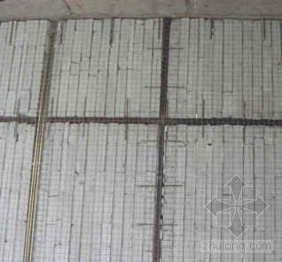 钢丝网架轻质墙板施工工法