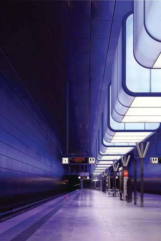 世界最美地铁景观,美到让你不想回家_57