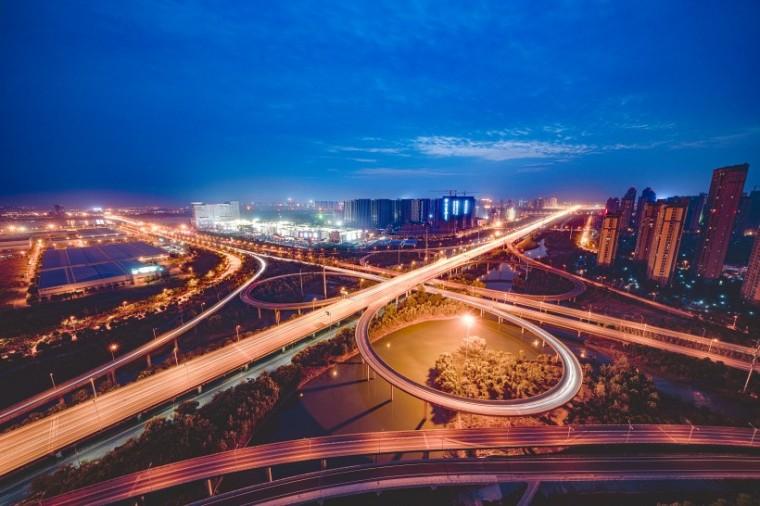 公路造价影响因素、降低工程造价的对策