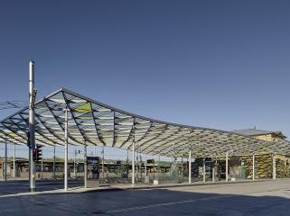埃斯林根汽车站周围景观