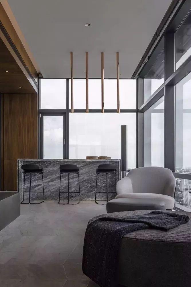 室内设计 130㎡的单身公寓,设计感十足_18