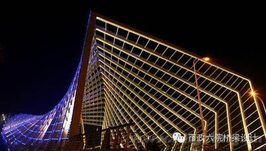 桥梁照明艺术设计