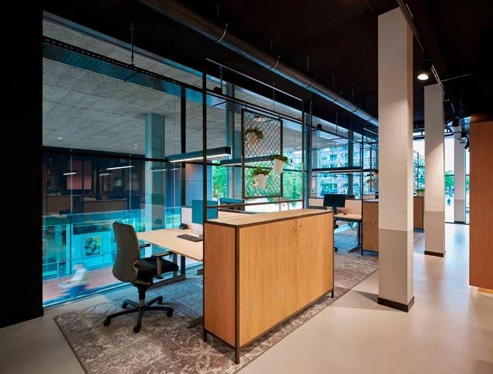 这样的办公空间,员工抢着来加班!!_15
