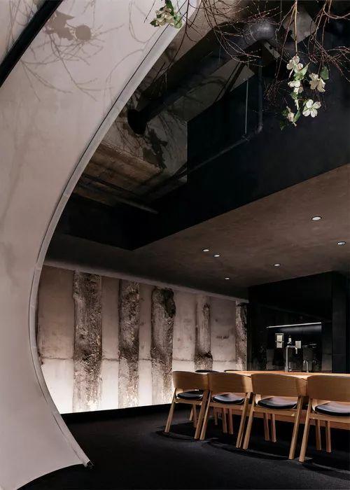 别找了,2018年最好看的餐饮空间设计都在这里了_62