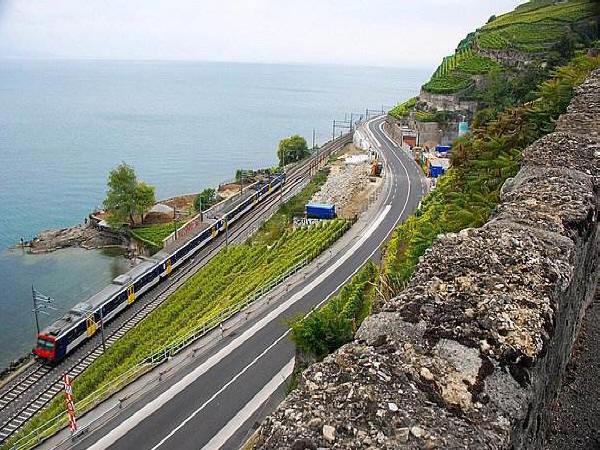 近期开工重点项目:公路724亿,铁路40亿!
