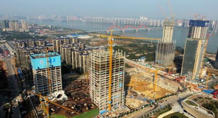 全钢结构长沙滨江国际金融中心项目突破百米大关