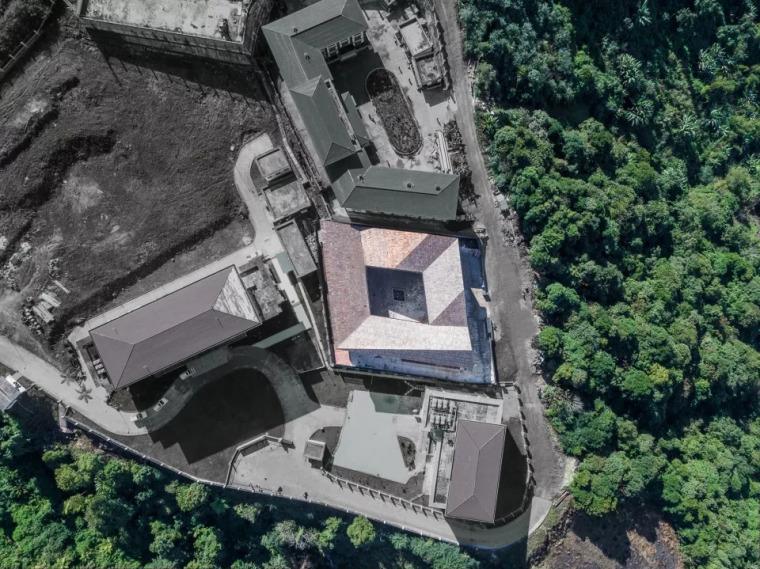 最遥远的气象中心-西藏墨脱气象中心/EIDArchitecture_1