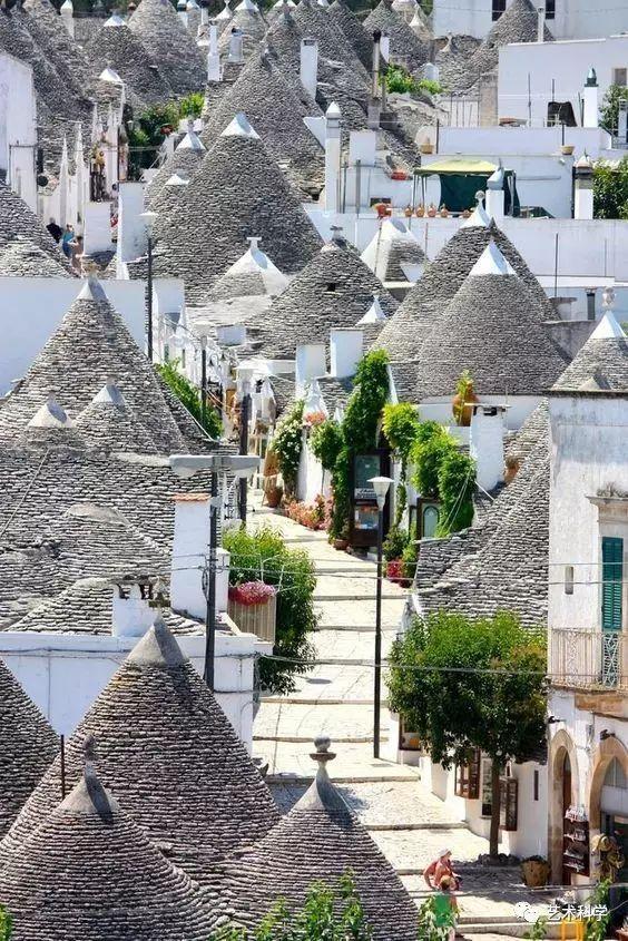 世界上最美的小镇,每走一步都是风景_3