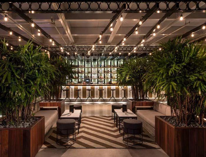 别找了,2018年最好看的餐饮空间设计都在这里了_35