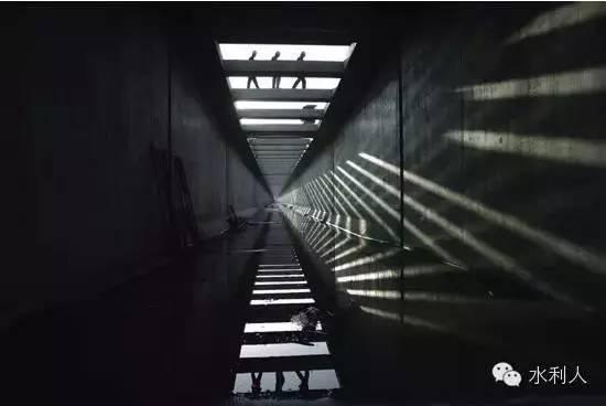 u型渡槽计算资料下载-南水北调中线工程多项多技术领先世界