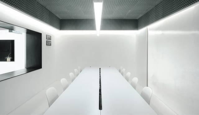 一个关于电影的办公空间,每个角落都有镜头感!_22