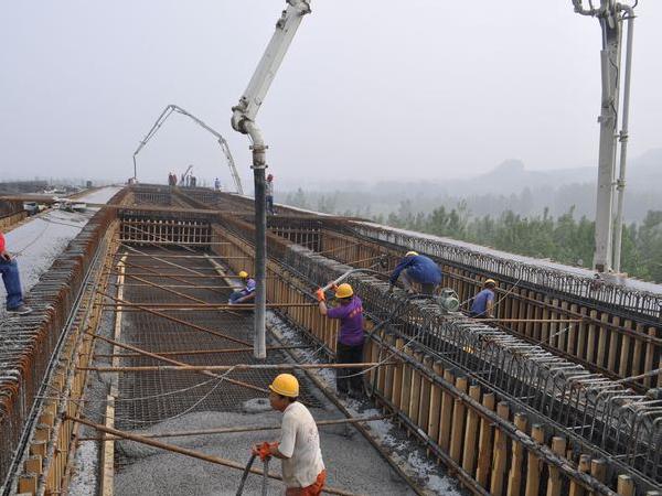你应该了解的关于加固旧桥上部结构的技术方法