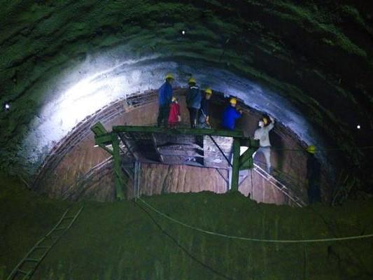 最大埋深523米隧道施工组织设计