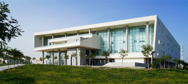 新疆大学科学技术学院图书馆