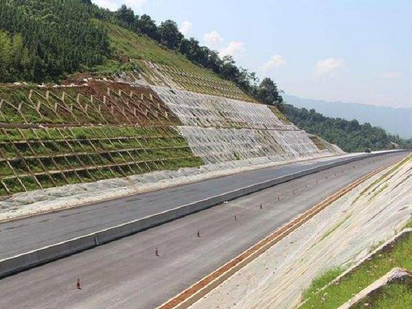 知名集团工程建设现场生产安全事故应急预案292页