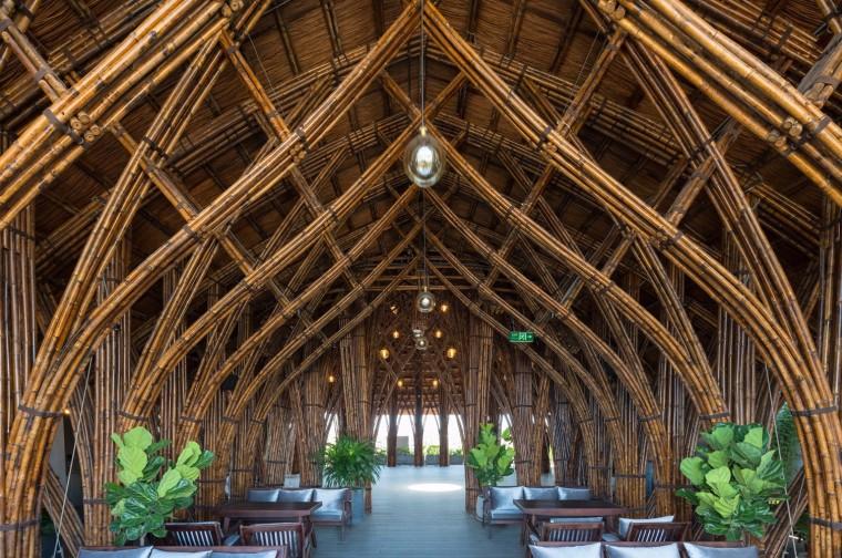交织的竹子穹顶!越南Nocenco咖啡厅改造