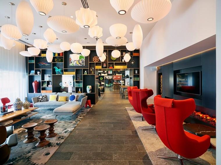 citizenM现代新旅馆gare de lyon亮相巴黎中心,满足你对色彩的所