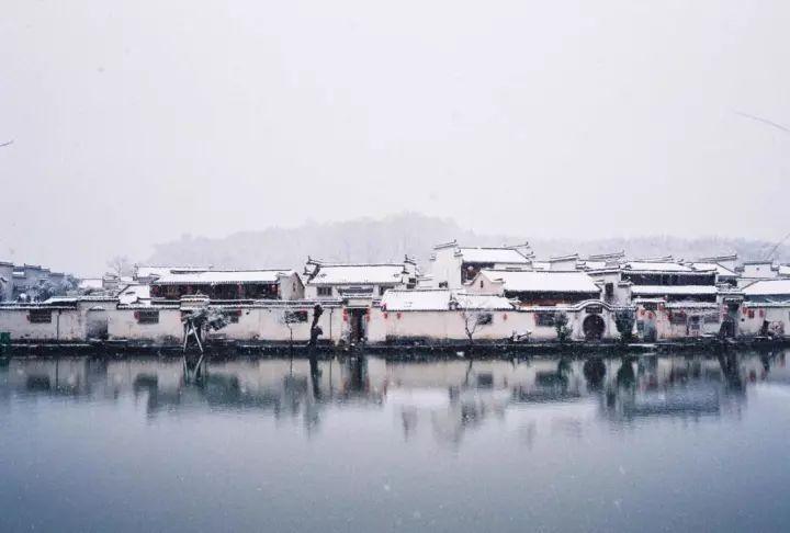 当最美的古镇下了雪,简直惊艳了整个冬天_2