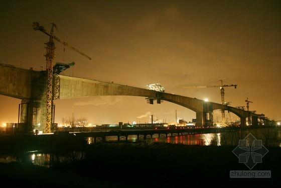 特大桥梁连续刚构组合梁施工方案
