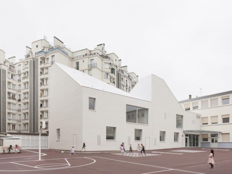 法国凡尔赛大公园音乐学院-00.jpg
