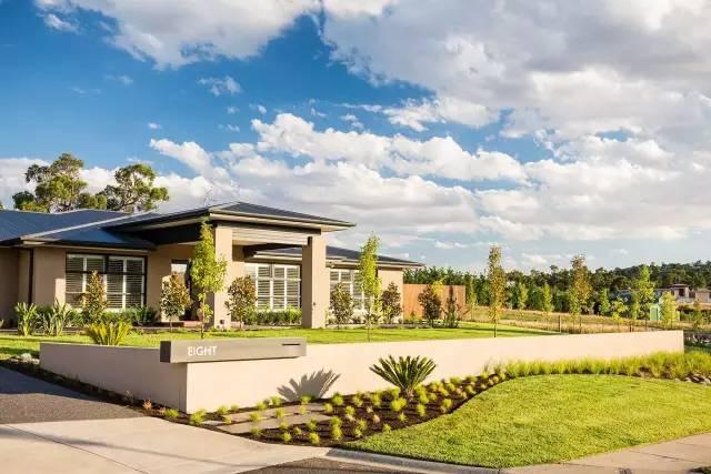 赶紧收藏!21个最美现代风格庭院设计案例_55