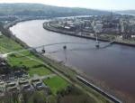 桥梁案例:英国S形弯曲的自锚式悬索桥