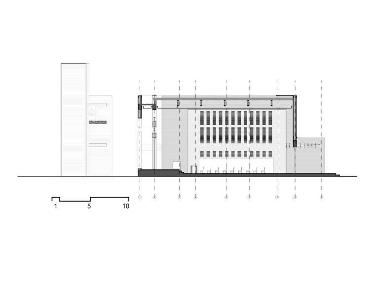 白色的圣塞西莉亚社区教堂-22