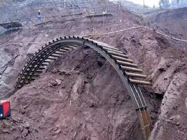 地铁隧道是如何开挖出来的,看完惊叹人类智慧太伟大了!