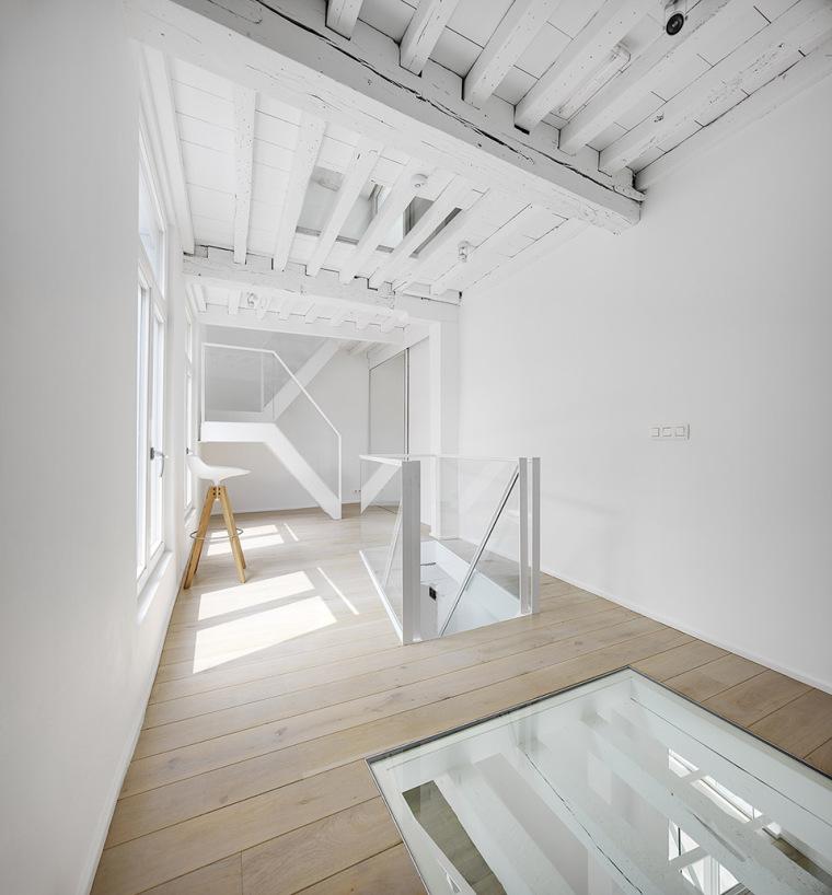 比利时一室小型酒店建筑内部实景图 (6)