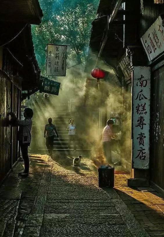 最美市井里,藏着中国人真正的生活_1