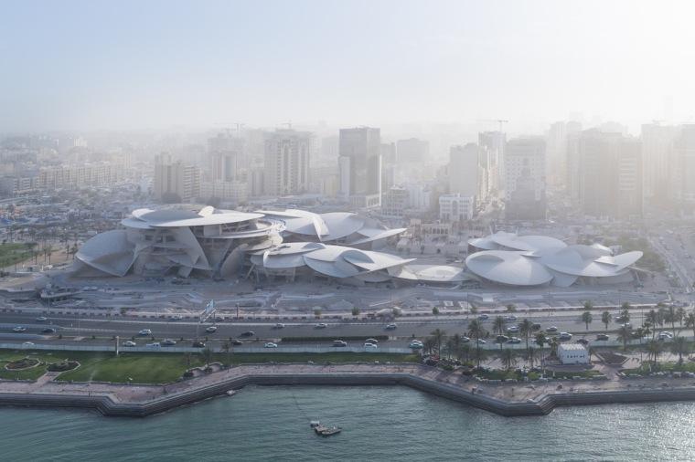 让·努维尔打造'沙漠玫瑰',卡塔尔国家博物馆于3月28日开放