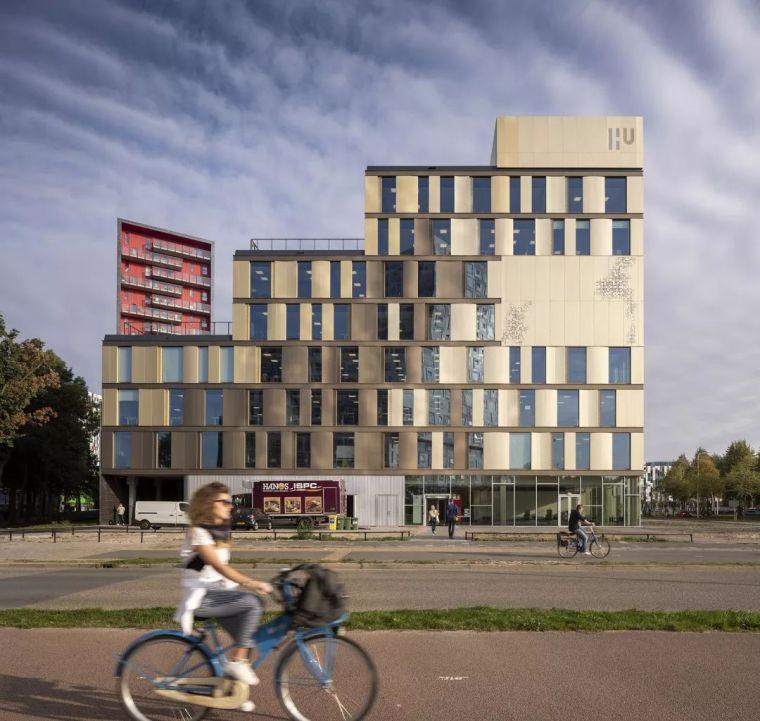 拥有一个霸道中庭的荷兰UTRECHT应用科学大学教学楼/SHL_5