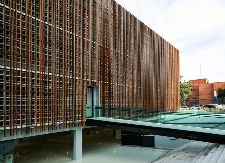 值得学习的建筑表皮30例_8
