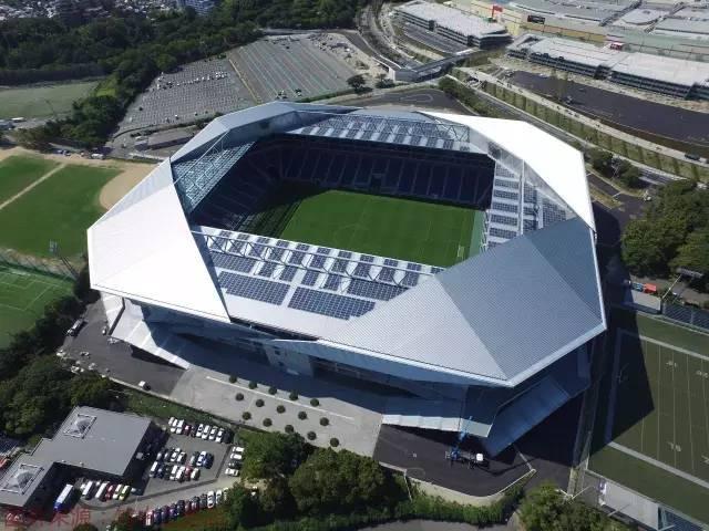 从大阪钢巴足球场建造施工,看装配式建筑的巨大优势