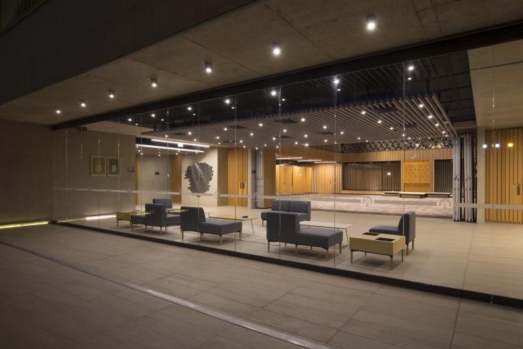 智利NBI社区里犹太教堂和社区中心的集合体-12