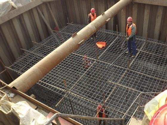 [湖南]大桥工程高墩身扣件式钢管脚手架专项施工方案(中铁建)